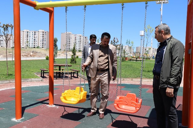 Başkan Baydilli Seyrantepe'deki Yeni Parkı İnceledi