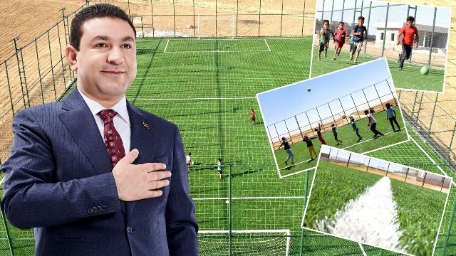 Başkan Özyavuz, Kırsaldaki Gençleri Halı Sahalarla Buluşturuyor