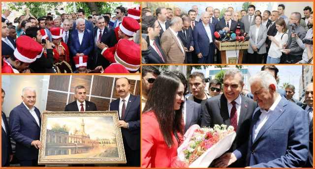 Binalı Yıldırım Büyükşehir Belediyesini Ziyaret Etti