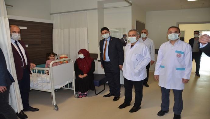 Birecik'te Hasta Çocuklara oyuncak dağıtıldı