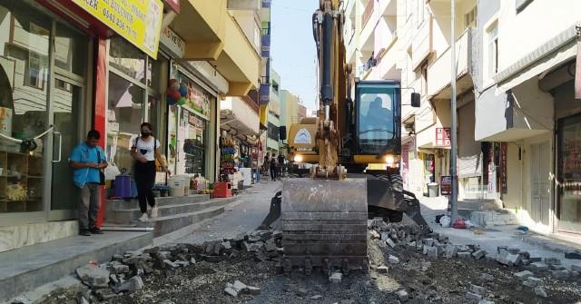 Eyyübiye Belediyesi, aslfat serimi öncesi son hazırlıklarını sürdürüyor.