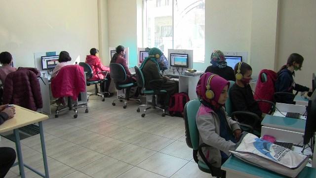 Eyyübiye Belediyesi Eba Destek Merkezine Yoğun İlgi