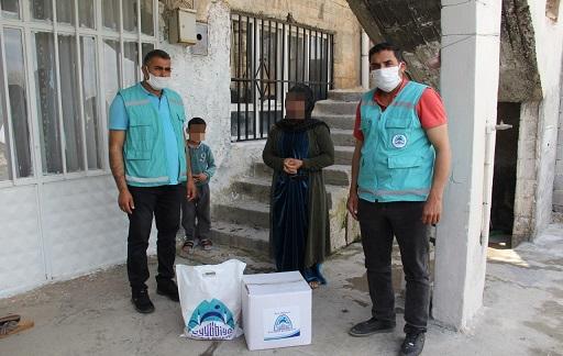 Eyyübiye Belediyesi yardımlarını aralıksız sürdürüyor.