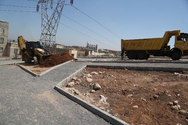 Eyyübiye Belediyesi ilçeye yeni yeşil alanlar kazandırmaya devam ediyor.