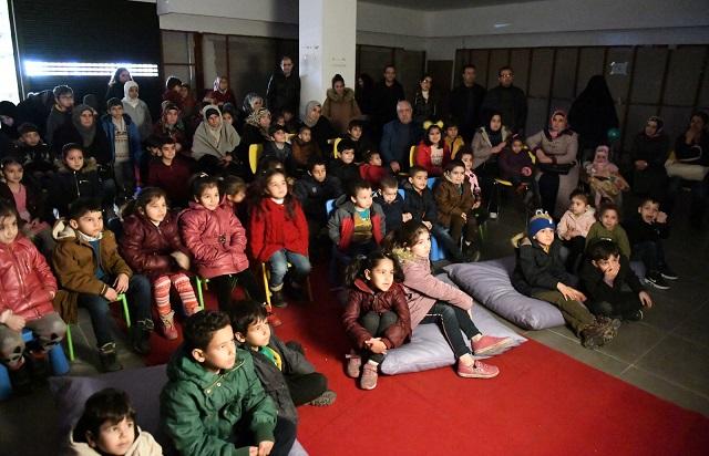 Hacivat Ve Karagöz'e Çocuklardan Yoğun İlgi