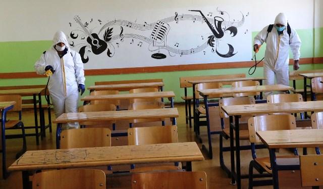 Haliliye Belediyesi, Okulları Dezenfekte Ediyor