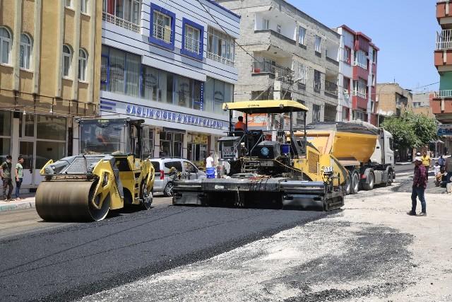 Haliliye Belediyesi, Asfalt Atağını Bağlarbaşı'nda Sürdürüyor