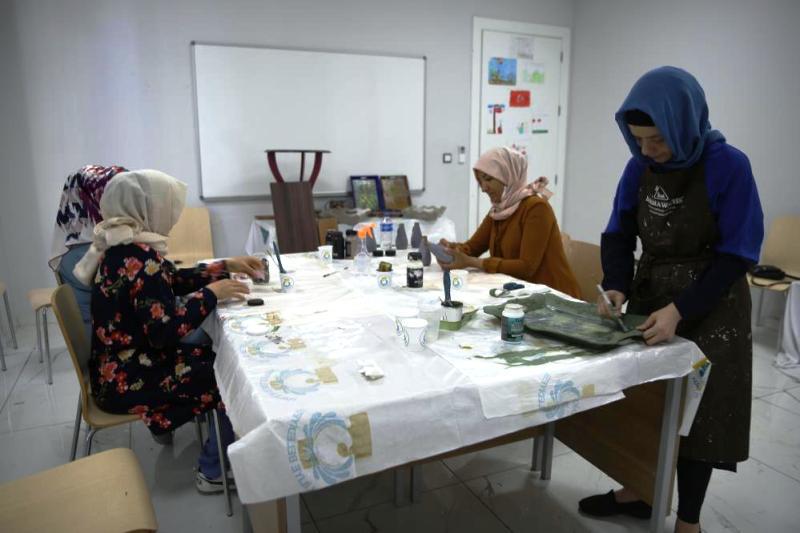 Haliliye'de eski ürünler sanata dönüştürülüyor