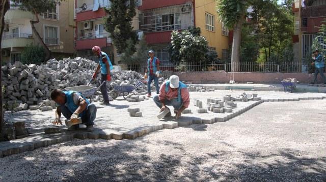 Haliliye'de, kilitli beton parke çalışması