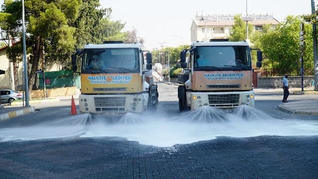 Haliliye'de Sokak Sokak Temizlik Ve Dezenfekte Sürüyor