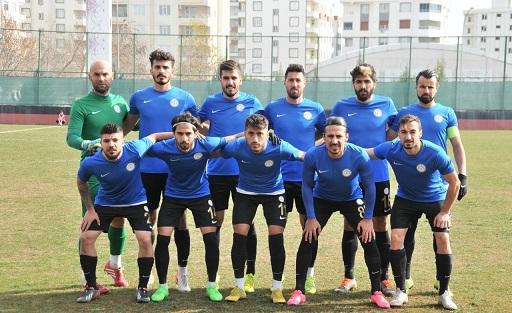 Karaköprü Belediyespor tek attı üç aldı
