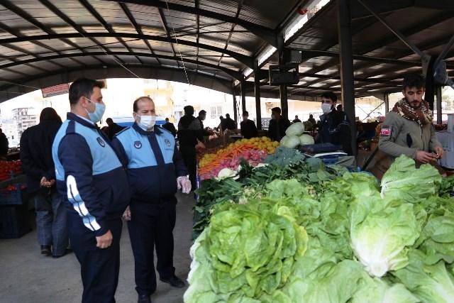 Karaköprü Zabıtadan Pazar Yerinde Pandemi Denetimi