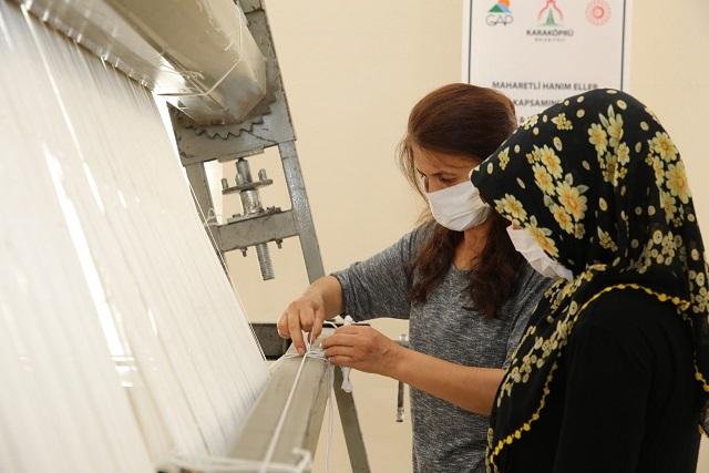 Karaköprü'de Halı Dokuma Merkezleri Açılışa Hazır