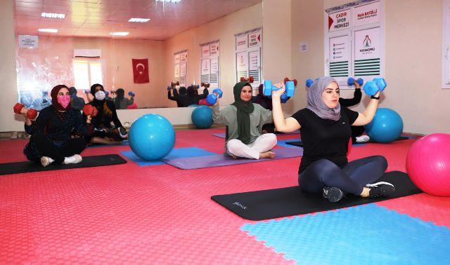 Karaköprü'de kadınlar için spor salonu hizmeti -VİDEOLU-
