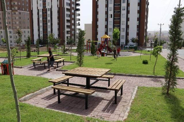 Karaköprü'ye her ay yeni bir park kazandırılıyor