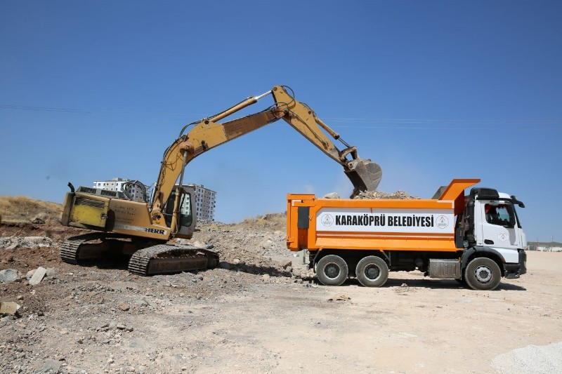 Mehmetçik'te yeni yollar açılıyor