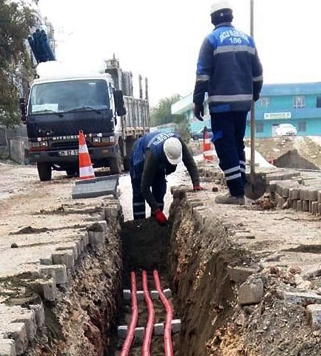 Şanlıurfa'da 5 mahallede havai hatlar yeraltına alınıyor