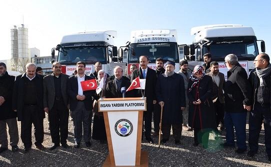 Şanlıurfa'dan İdlib'e 3 Tır İnsani Yardım