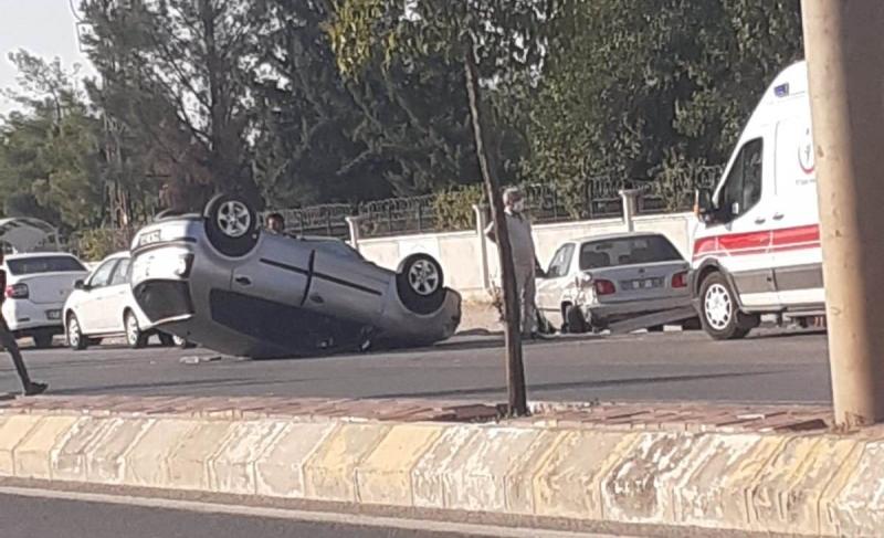 Takla atan araçtaki bayan sürücü yaralandı