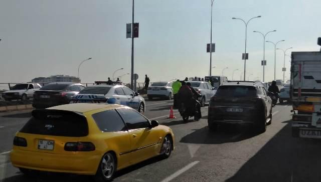 Trafik Kazası Trafiği felç etti