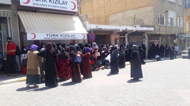 Türk Kızılay'ından vatandaşa yardım
