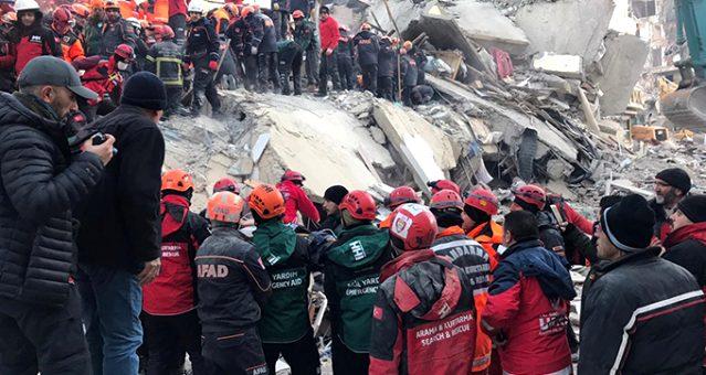 Depremde hayatını kaybedenlerin sayısı 22'ye yükseldi