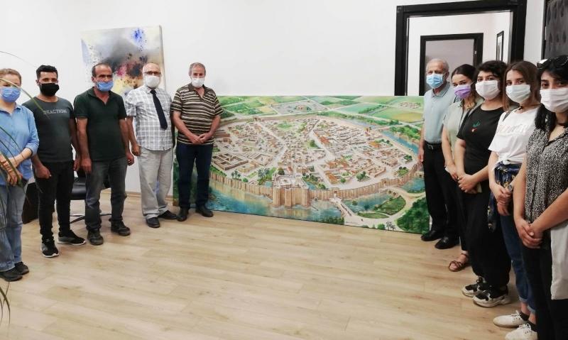 Tarihi Kent, Ressamın Fırçasıyla Yeniden Canlandı