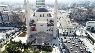 11 Nisan kurtuluş camisi ibadete açıldı