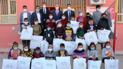 Akçakale Belediyesi Yine Yürekleri Isıttı