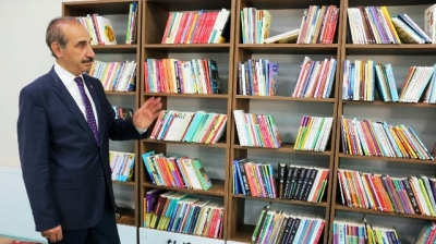 Akçakale'de kütüphane kafe açıldı