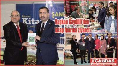 Başkan Baydilli'den kitap fuarına ziyaret