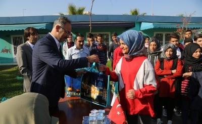 Başkan Kuş, eğitime desteğini sürdürüyor.