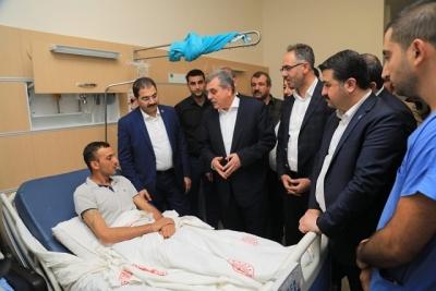 Başkanlar yaralıları ziyaret etti