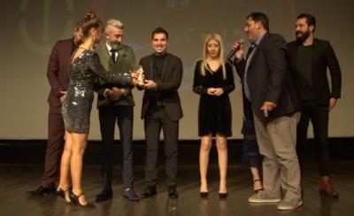 Büyükşehir şehir tiyatrosundan ödül üstüne ödül