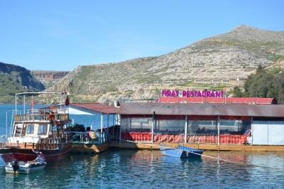 Büyükşehir'den 10 Adet Yüzer Duba Restoran Yer Kiralama İhalesi