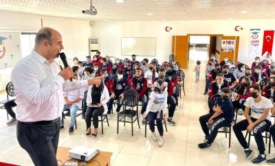 Çiftçi, Lisans Koleji Öğrencileriyle Bir Araya Geldi