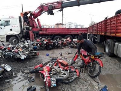 Çürümeye terk edilen motosikletler ülke ekonomisine kazandırılıyor