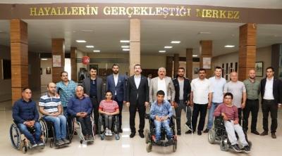 Engellilerin korosuna başkan Baydilli eşlik etti
