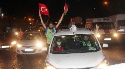 Filistin'e destek konvoyuna 550 araç destek verdi