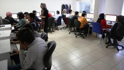 Gençler, bilgisayar öğreniyor