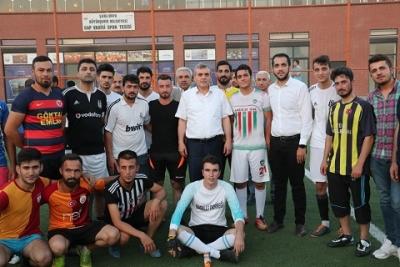 Gençlik futbol turnuvası devam ediyor