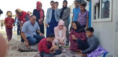 Gülhan Erin evleri hasar gören vatandaşları ziyaret etti