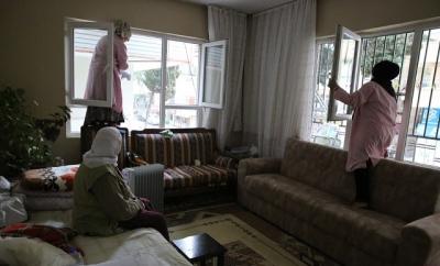 Haliliye'de evde bakım hizmeti sürüyor