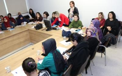 Hekim ve Hemşirelere eğitim