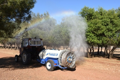 Hilvan Belediyesi Karacurun Ormanında ilaçlama çalışması başlattı