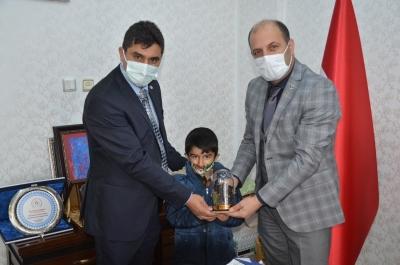 Kıran'dan Müdür Turğut'a Anlamlı Ziyaret