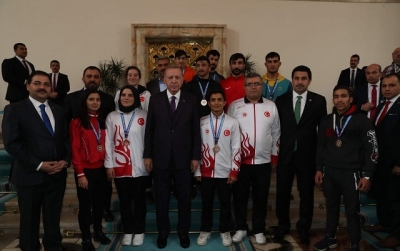 Şampiyonlar Cumhurbaşkanı Erdoğan'ı Ziyaret Etti