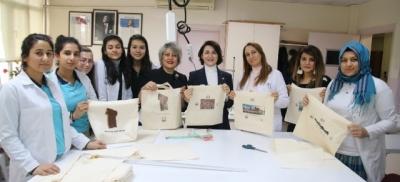 Şanlıurfalı öğrenciler çevre dostu 'bez torba' üretiyor