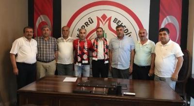 Volkan Yılmaz Ve Ahmet Mümin Papaker Karaköprü Belediyespor'da